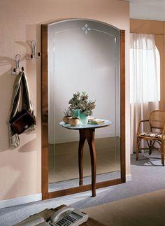 Klasszikus előszobafal - www.montegrappamoblili.hu Oversized Mirror, Images, Furniture, Home Decor, Entrance Hall, Searching, Decoration Home, Room Decor, Home Furnishings