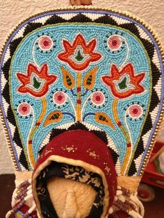 Mini cradle board beading, beadwork; aboriginal, first nations, indian.
