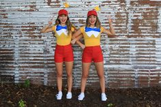 Are you looking for costume ideas for Couples or Friends? We have 15 super fun ideas from Brooklyn & Bailey. 2 Person Halloween Costumes, Halloween Outfits, 2 Person Costumes, Group Costumes, Diy Costumes, Best Duo Costumes, Bff Costume Ideas, Dynamic Duo Costumes, Halloween Duos