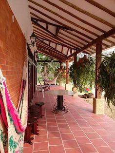 #Corredor #tejadebarro #arquitecura #diseño #casacampestre #cachodevenado