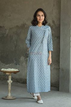 Slaty-Blue Slub Kurta - Kessa - Her Crochet Salwar Designs, Kurta Designs Women, Kurti Designs Party Wear, Dress Neck Designs, Designs For Dresses, Blouse Designs, Kurti Sleeves Design, Kurta Neck Design, Indian Designer Outfits