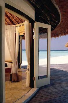 Luxury Villa at Banyan Tree Vabbinfaru - Maldives.