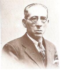 Manuel Ciges Aparicio (Enguera, Valencia, 14 de enero de 1873 - Ávila, 5 de agosto de 1936) fue escritor, periodista y traductor español, fusilado por los sublevados a poco de comenzada la Guerra Civil.