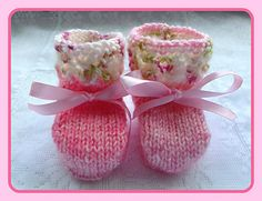A quick knit pattern for a little pair of baby booties. The booties are knit flat from the bottom up and then seamed along the back and foot. There is one set of instructions for both sizes you just use different size needles to achieve the different sizes