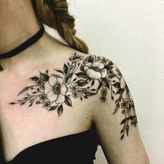 best floral tattoos best floral tattoo artists design flower tattoos botanical tattoos nature tattoos The post 13 Tattoo Artists Who Capture the Diverse Beauty of Flowers appeared first on Best Tattoos. 13 Tattoos, Trendy Tattoos, Body Art Tattoos, Tattoos For Guys, Sleeve Tattoos, Collar Bone Tattoos, Tattoo Sleeves, Fake Tattoos, Tatoos