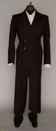 Augusta Auctions, March 21, 2012 NYC, Lot 143: Mans Wool Two Piece Suit, 1930s