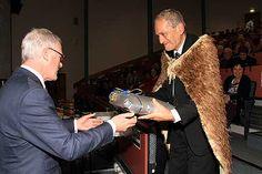 Steve Maharey presenting Sir Mason Durie with farewell gift.