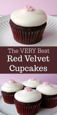 The VERY BEST Red Velvet Cupcakes #cupcakes #redvelvet