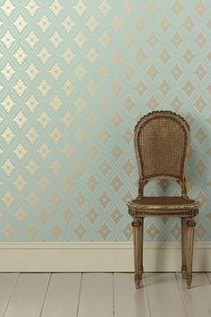Reflective wallpaper