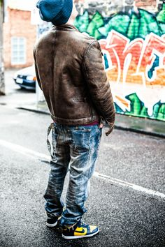 #prps #P43P03E #barracuda #denim #jeans, #Belstaff Brad #shearling #jacket, #Nixon Regain navy #beanie and 2003 #Nikedunk Michigan #hightop #sneakers on #sneakersjeansandtees