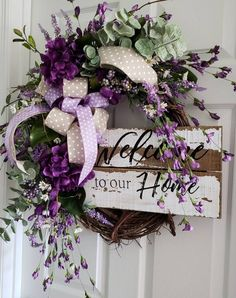 Welcome wreath grapevine wreath purple flowers welcome Wreath Crafts, Diy Wreath, Grapevine Wreath, Wreath Ideas, Easter Wreaths, Christmas Wreaths, Corona Floral, Purple Wreath, Baby Shower Flowers