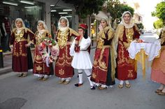 Megara - Traditional local dress of my city - the world most beautiful dress ! Most Beautiful Dresses, World's Most Beautiful, Art Populaire, Traditional Clothes, Folk Art, Marie, Greek, Costumes, Jewellery