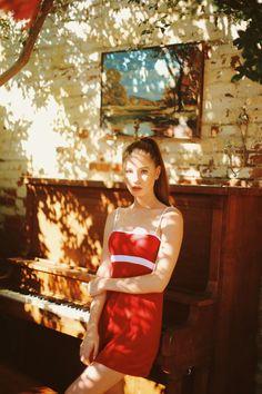 https://avainlife.com/2017/07/09/brandy-melville-red-lillian-dress/