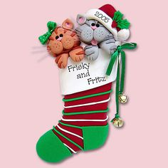 These two kitty cats are a great gift for a couple, kids, or your furry friends. The ornament is very detailed and is completed with ribbon