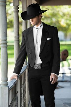 Classic Notch Fulldress Traditional Fit Tuxedo | Jim's Formal Wear
