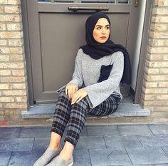 "2,457 Likes, 9 Comments - Ziya Zaren Magazine (@hijabstyle_lookbook) on Instagram: ""The beautiful @doaa.sho @doaa.sho @doaa.sho ❤️❤️❤️❤️❤️❤️❤️❤️❤️❤️ . . #hijab #modesty #model…"""
