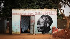 Senegal Street artist Pays tribute to fierce female fighters… – Graffiti World Banksy, Dahomey Amazons, Female Fighter, French Street, Black History Facts, Expo, Street Art Graffiti, Urban Graffiti, African American History