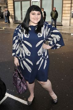 Beth Ditto Photos Photos - Beth Ditto at the Radio 1 Studios - Zimbio FLATTERING PATTERN PLACEMENT; NICE PROPORTION