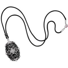 Preowned Ivanka Trump Black Onyx Diamond White Gold Noor Pendant... ($2,750) ❤ liked on Polyvore featuring jewelry, necklaces, pendant necklaces, white, white diamond necklace, white gold diamond pendant, diamond necklace pendant, white gold diamond necklace and white gold pendant necklace