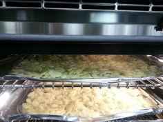Dehydrating local Ontario garlic by in a Bertazonni wall oven with a dehydrating setting. Wall Oven, Ontario, Yup, Garlic, Grains, Appliances, Food, Gadgets, Accessories