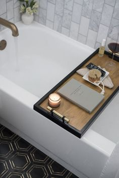 Why not have a go at making your own DIY Bath Caddy Tray? Wood Bath Tray, Bathtub Tray, Home Decor Accessories, Bathroom Accessories, Bath Tray Caddy, Bath Trays, Cheap Home Decor, Diy Home Decor, Do It Yourself Home