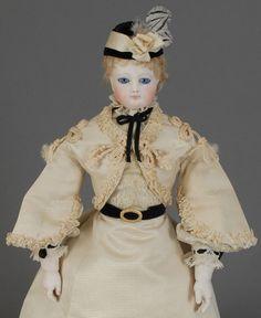 MAISON JUMEAU - Fashion Doll