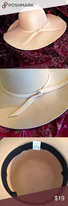 """Tan Boho Floppy Hat Made from 65% cotton, 35% polyester, this hat measures 22"""" around the crown, but with a little give for a slightly larger head. Brim is 4"""" wide and has a matching ribbon. NWOT Accessories Hats"""