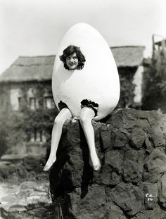 Happy Easter Weekend to all you good eggs out there!