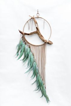 Driftwood Dreamcatcher, Jay – tan leather dream catcher – Keep up with the times. Dream Catcher Art, Diy And Crafts, Arts And Crafts, Deco Boheme, Driftwood Art, Crafty Craft, Diy Art, Wind Chimes, Craft Projects