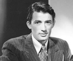 Jack Benny, Gregory Peck, Figure Drawing Reference, Vintage Hollywood, Audrey Hepburn, Muse, How To Look Better, Handsome, Actor