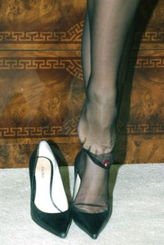 Perfect pantyhose and sandals