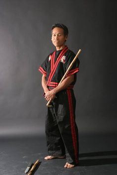 Datu Shishir Inocalla, first introduced me to meditation, coconut oils, the heart song and the blend of Arnis & Jiujitsu