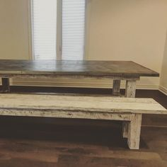Ok. Not the greatest shot but here's this beast of a dining table and matching bench in its new home. Client requested a nice patina steel top with a white washed base. Boards all came from a seventh generation New Tecumseth farm (which we gladly took off their hands 😉). Anyone else dig this look? We are thinking about adding it to our product line! . . #restorationhardwareinspired #steel #patina #handcrafted #newtecumseth #barnwood #beams #reclaimed #simcoecounty #simcoecountyshoplocal…