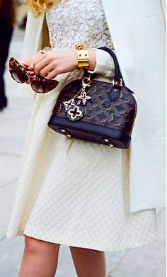 Another cool link is lgexotictransport.com BAG / BRACELET : Louis Vuitton=Classy!