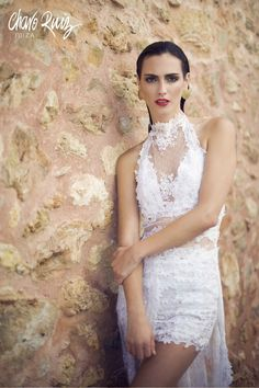 Brilla llena de elegancia y sensualidad en tu gran día con la colección Bride light de Novias by Charo Ruiz   REF. 00333VESTIDO ELISABETH  www.charoruiz.com