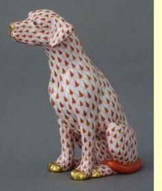 """Herend Hand Painted Porcelain Figurine """"Seated Dog"""" Rust Fishnet Gold Accents."""