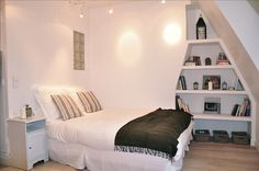 290006   Apartment vacation rental in Paris from VRBO.com! #vacation #rental #travel #vrbo STUDIO