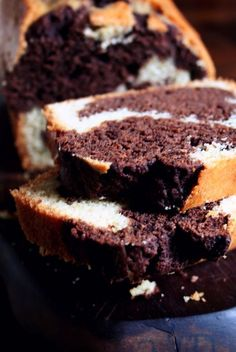 Chocolate marble cake is a classic childhood cooking memory. This cake is more popular in Chocolate Marble Cake, Chocolate Butter, Marble Cake Recipes, Homemade Cake Recipes, Bread Recipes, Cupcake Cakes, Cupcakes, Cake Recipes From Scratch, Moist Cakes