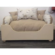 Medium Designer Wooden #dog Bed - Winnie's Pups and Hounds - 3 In 1 Style Listing in the Accessories,Pets,Home & Garden Category on eBid United Kingdom