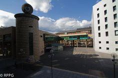 Palacio de Justicia de Oviedo en la Plaza Eduardo Gota Losada. Gota, Plaza, Tower, Building, Travel, Oviedo, Righteousness, Palaces, Buildings