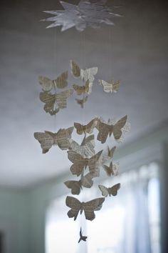 Mobile papillon verbeux par royalbuffet sur Etsy                                                                                                                                                                                 Plus