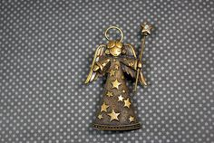 Angel Pin Brooch Vintage Jj Jonette Jewelry by CrazyAuntDesigns