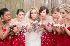 Wedding Pictures Christmas bridesmaids in red dresses with Eco friendly snow confetti - The most perfect red, white, and green Christmas wedding in Williamsburg Virginia by Katherine Sparks Photography. Snow Wedding, Winter Wonderland Wedding, Wedding Pics, Dream Wedding, Wedding Day, Wedding White, Wedding Venues, Wedding Blog, Rustic Red Wedding