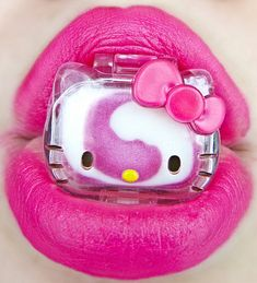 Who so doesn't love Hello Kitty and Make Up.. what a perfect combination.