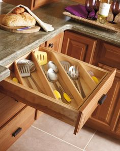make these myself for kitchen drawers? Make the Most of Kitchen Drawers By Organizing Diagonally — Kitchen Organization Kitchen Utensil Storage, Kitchen Utensils, Kitchen Organization, Diy Kitchen, Organization Hacks, Kitchen Dining, Kitchen Decor, Kitchen Cabinets, Smart Kitchen
