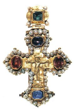 Breast crucifix reliquary. Moscow, between 1619 and 1633. Gold, beaten and chased. Niello, sapphire, tourmaline, emerald and pearls.