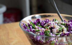 15 retete de salate pentru slabit sanatos. Salate delicioase si rapide – Sfaturi de nutritie si retete culinare sanatoase Yami Yami, Cooking Recipes, Healthy Recipes, Healthy Food, Cabbage, Food And Drink, Fresh, Vegetables, Fitness