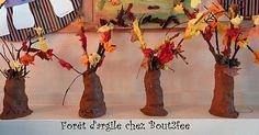 herfstboom uit klei, stokjes, blaadjes