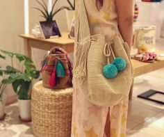 The perfect pop of color for classic looks 🙌🏻 Malena sky Bag ~ www.chilabags.com Classic Looks, Straw Bag, Color Pop, Crocheting, Boho Chic, Homemade, Stitch, Sewing, Knitting