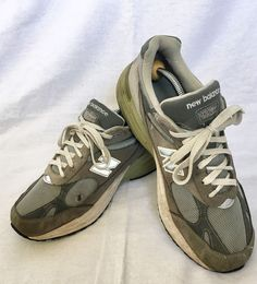 96c4acd2bf28 MENS NEW BALANCE 991 RUNNING SHOES SIZE 10 D US GRAY Made in USA